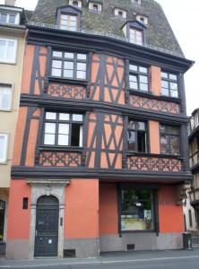 IX 186 (façade sur quai)