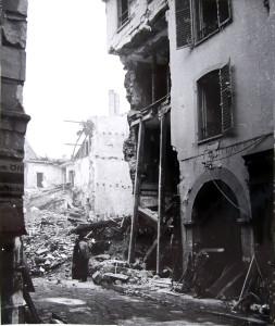 Veaux 10 (1 Fi 106 n° 276, août 1944)