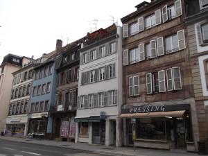 Faubourg de Pierre 1-9 (juillet 2014)