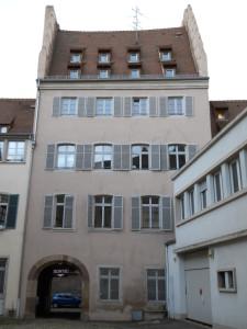 Chaîne 3 (cour, aile ouest et nord, oct. 2011)