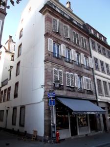 Broglie 10, façades (août 2016)