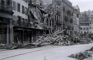 Vieux-Marché-aux-Vins 11-19 (1 Fi 109 n° 80, 25 sept. 1944)