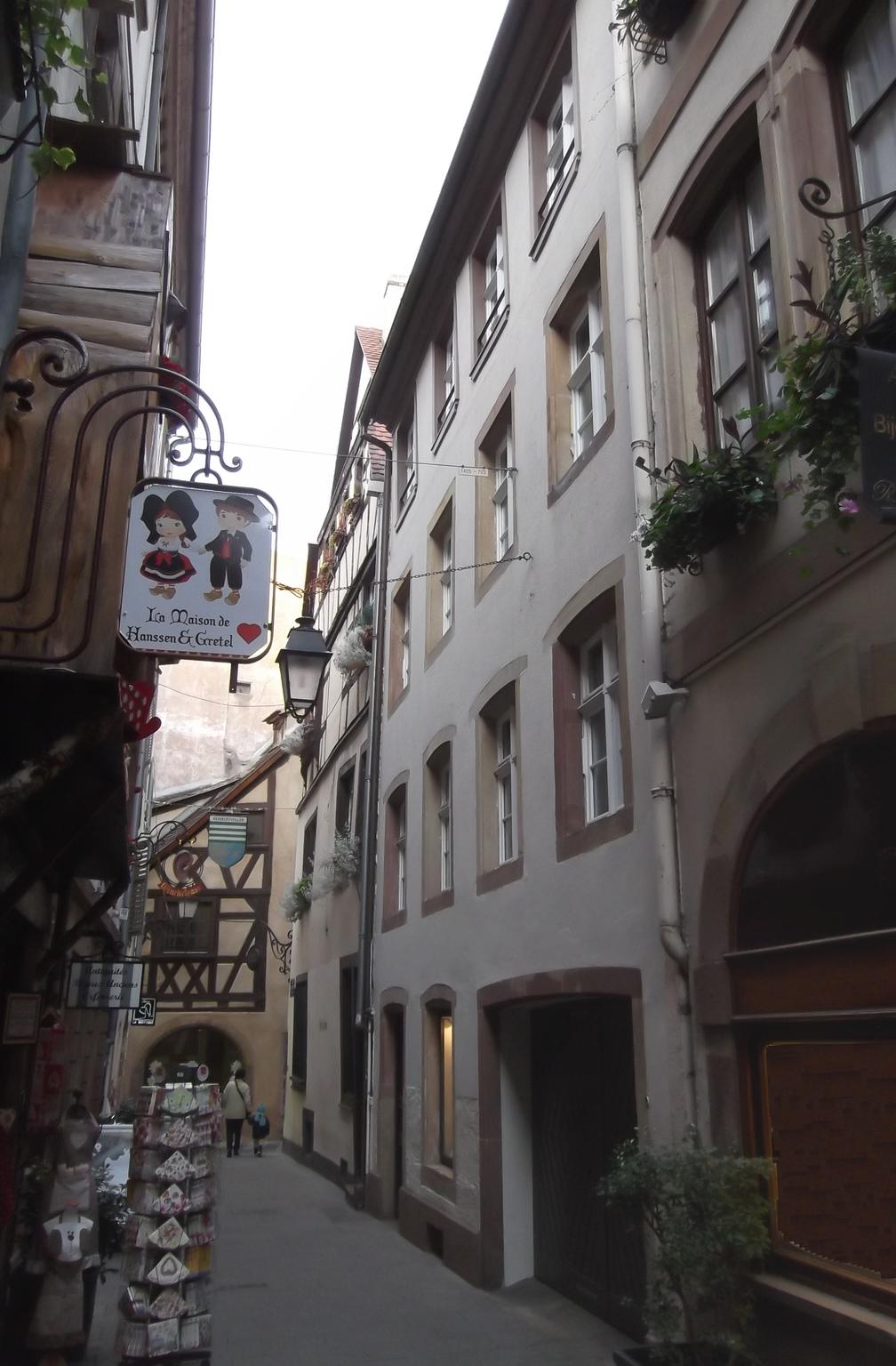 Maisons de strasbourg 6 rue du chaudron for Rue du miroir strasbourg